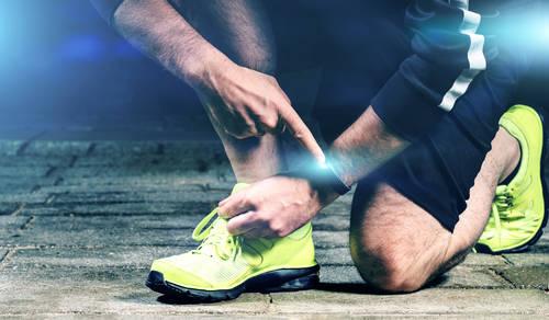 การฝึกกีฬา เฉพาะด้าน อะไรคือสิ่งที่ ปลอดภัยและไม่ปลอดภัย สวมเครื่องประดับมีประจุหรือแม่เหล็ก ทําให้เล่นกีฬา ได้ดีขึ้นจริงไหม